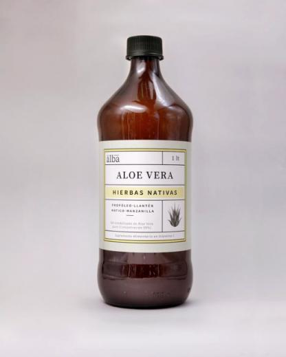 botella de 1lt de Ale vera con hierbas nativas