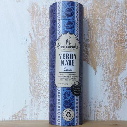Hermoso envase de cartón con diseño de la Yerba mate Sensorial variedad Chai