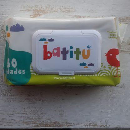 Paquete de toallitas Batitu Letras escritas en colores sobre la tapa dispensadora